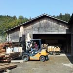 住宅の梁サイズに挽かれた材木