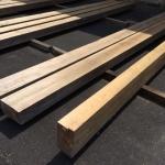 等級評価中の材木