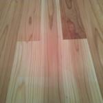 天然乾燥の床板がお部屋を清々しくします〜!