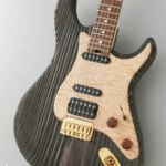 「もりずむの木」の杉がギターになりました〜!