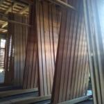 板材の天然乾燥ヤードを作りました。
