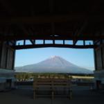 富士山ふもとのキャンプ場のトイレが完成しました〜!