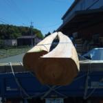 ヒノキの太鼓引き・曲がり丸太を納品しました。